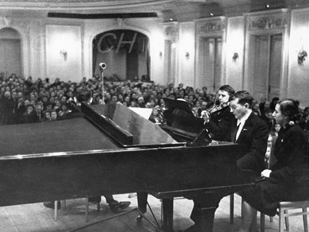 <p>During the performance of Trio No. 2 in the Grand …</p>