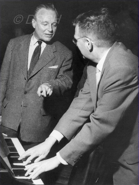 <p>With André Cluytens during a rehearsal.</p>