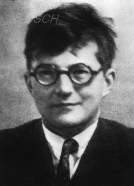 <p>Shostakovich in the first half of the 1920s.</p>